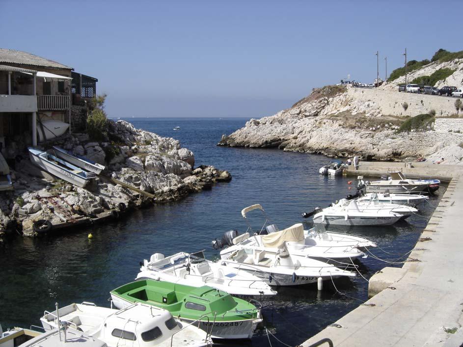 Port de Callelongue: mise à l'eau de l'autre côté du quai