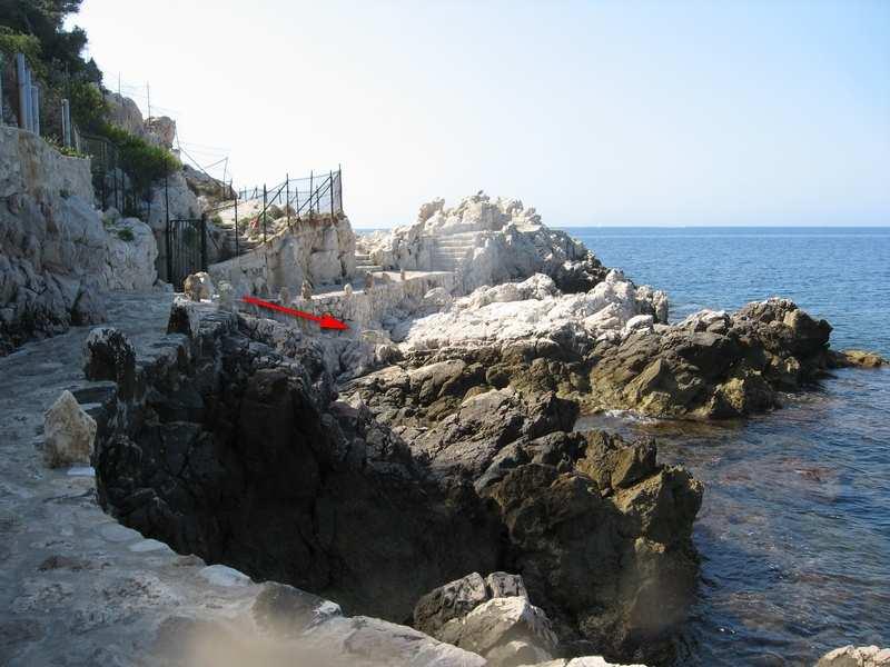 Site de plongée du Cap de Nice: mise à l'eau