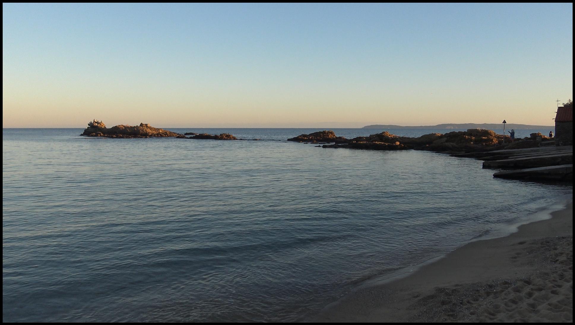 Pointe de Nard Viou, Plage de Saint Clair , Lavandou
