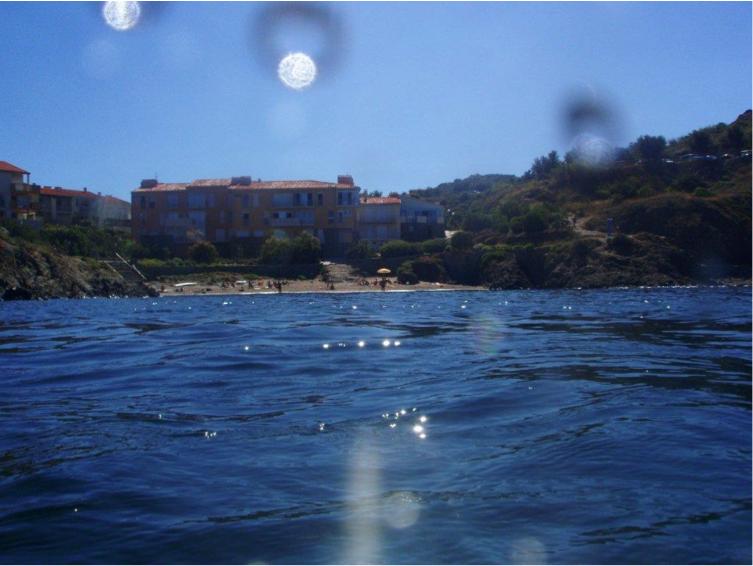 La plage de la résidence des Roches Bleues vue depuis le point d'immersion