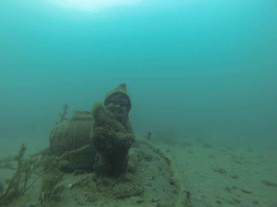 Nain sous marin !