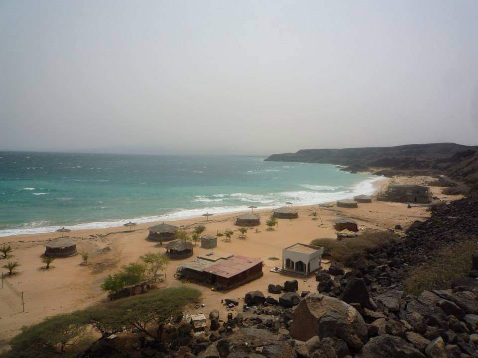 sables-blancs-djibouti.jpg
